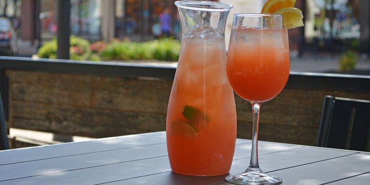 $10 Cocktail Carafes