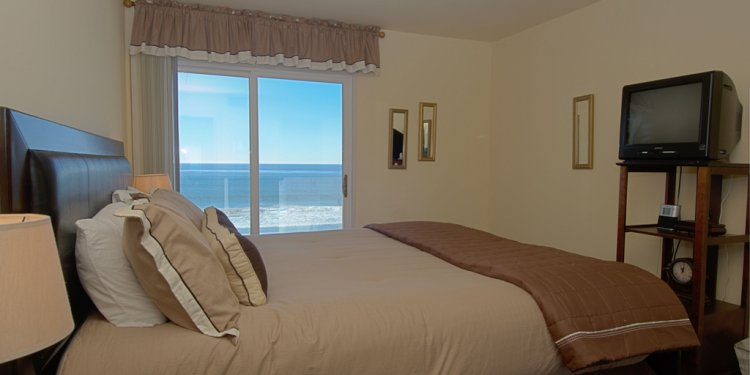 Seashore on the Sand 1 bedroom bedroom