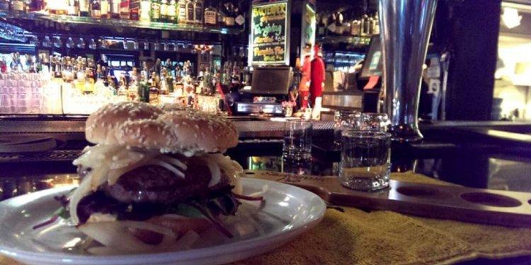 Shakespeare Pub & Grille